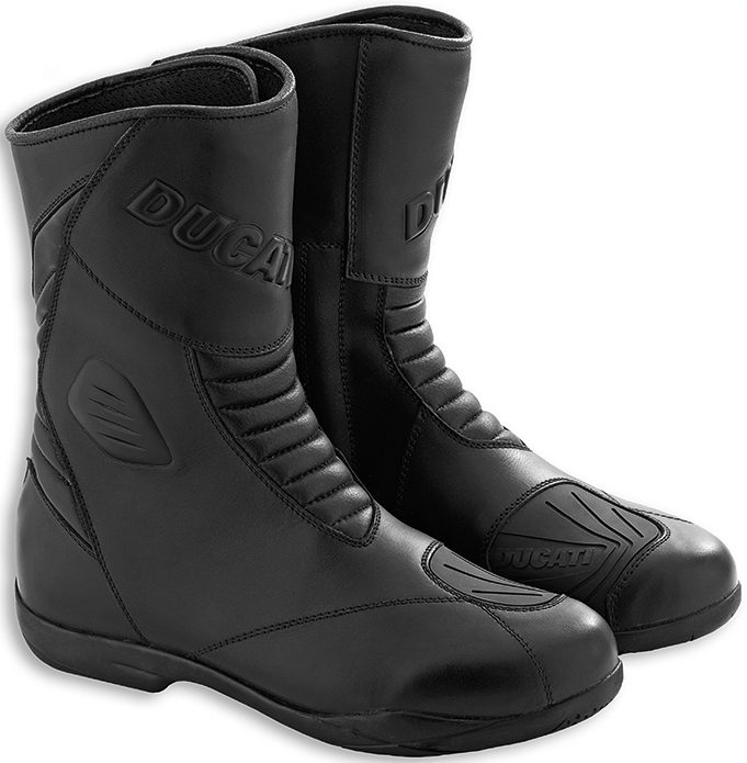 Туринговые ботинки