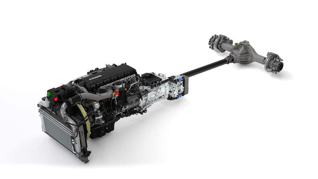 Новая силоая линия: двигатель Paccar, автоматическая трансмиссия TraXon и задний мост