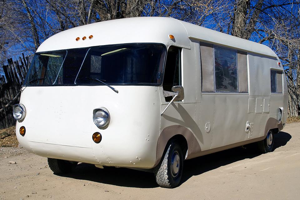Ultra Van