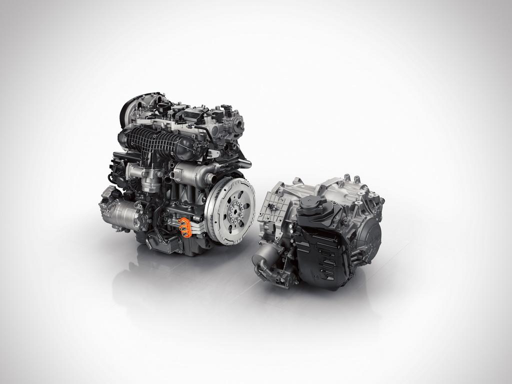Двигатель Volvo XC90 T8