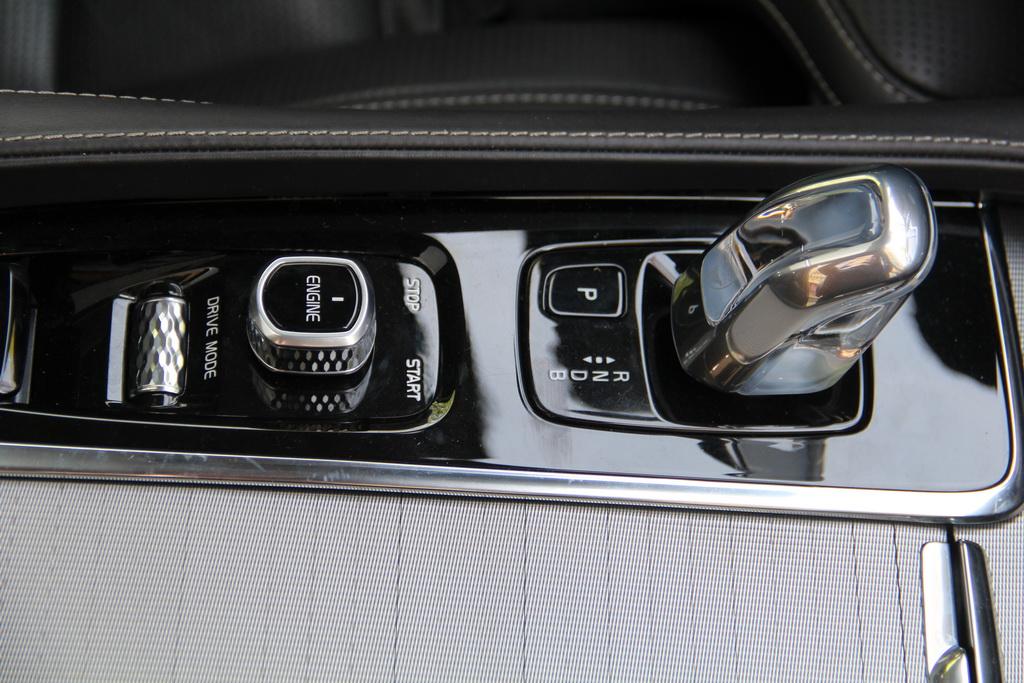 Переключатели Volvo XC90 T8