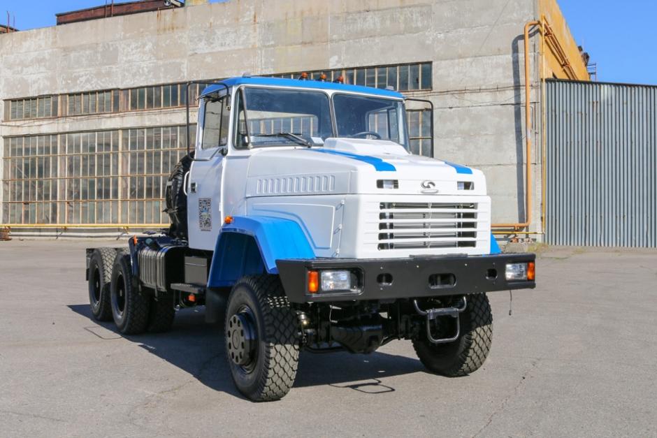 Седельный тягач КрАЗ-6443 для обслуживания АЭС