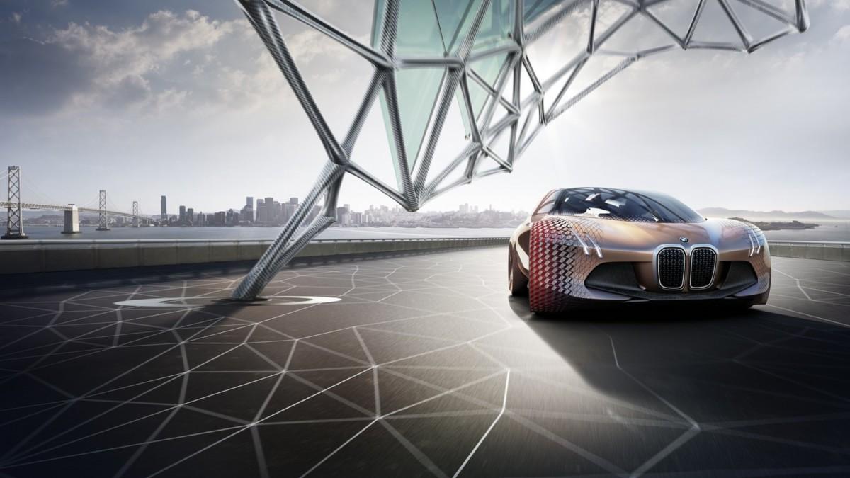 Дорогой электрокроссовер BMW поборется с Jaguar I-Pace и Tesla Model X