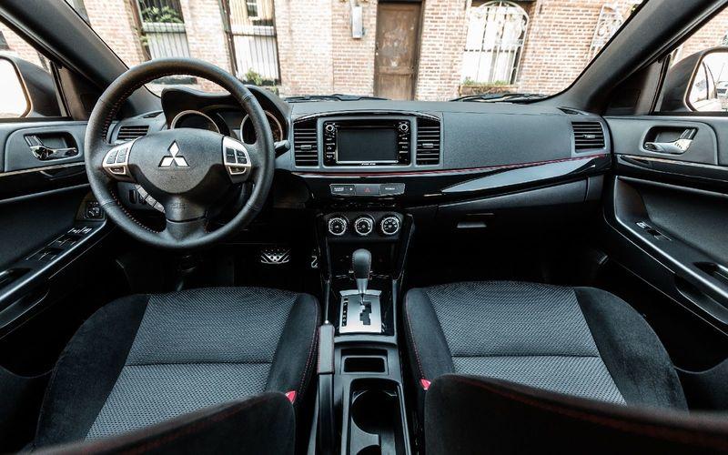 Lancer Limited Edition: последний из рода седанов Mitsubishi