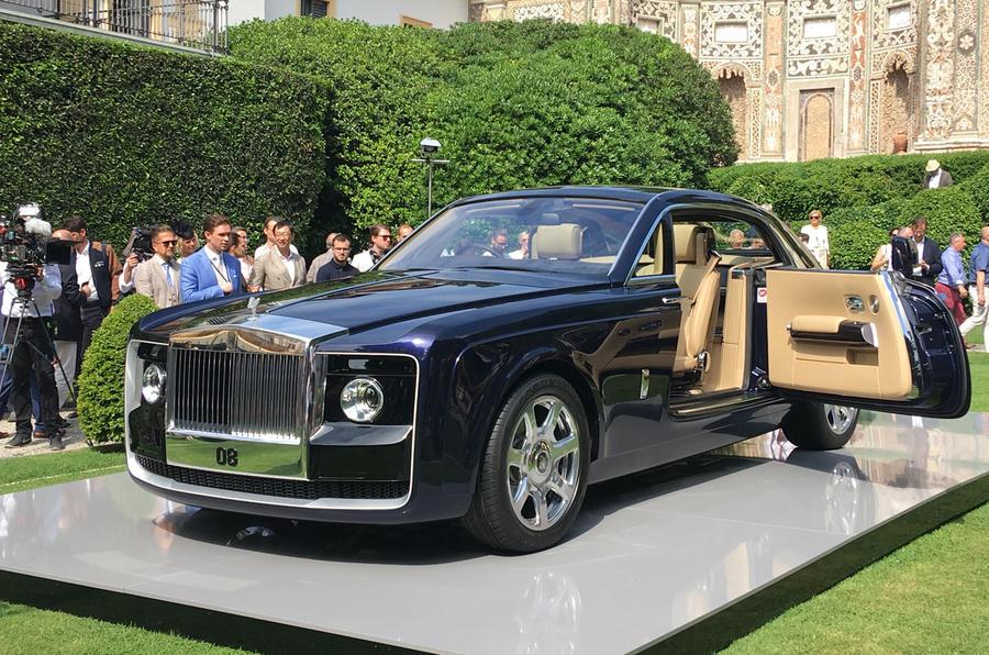 В Италии представлен самый дорогой автомобиль в мире