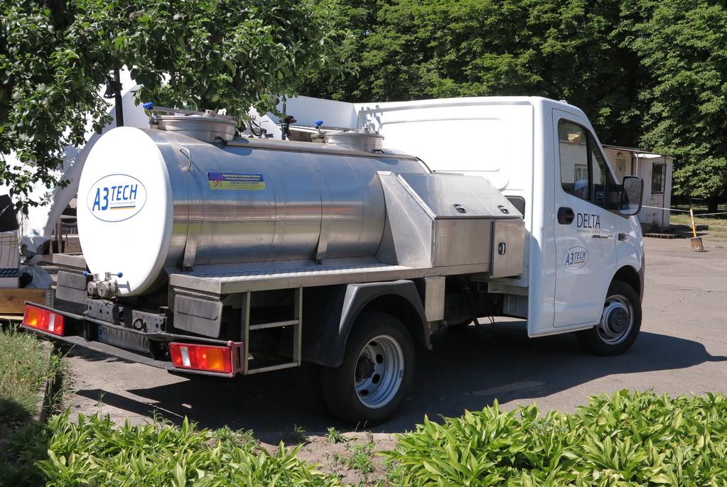 Молочный комбайн на колесах: уникальный экспонат «Агро-2017»