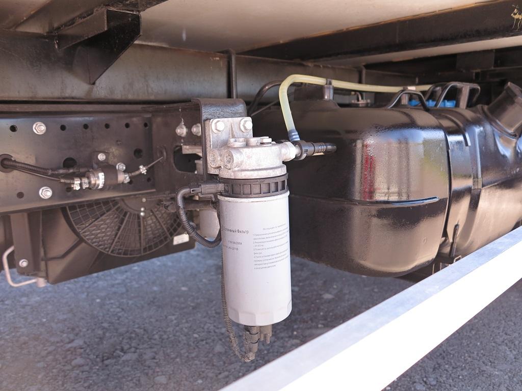 Топливный фильтр и бак