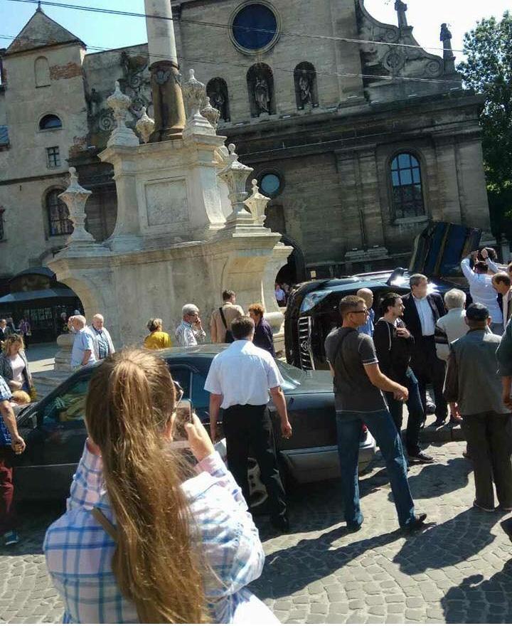 Резонансное ДТП во Львове: появились подробности о водителе
