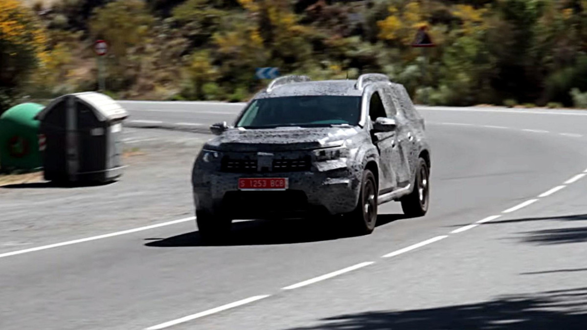Новый Renault Duster 2018 впервые засняли на видео