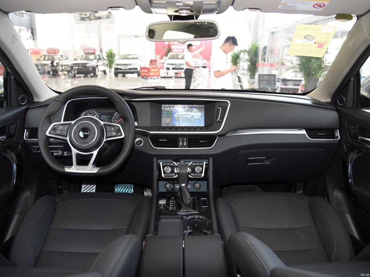Китайский клон VW Touareg превратили в купе-кроссовер