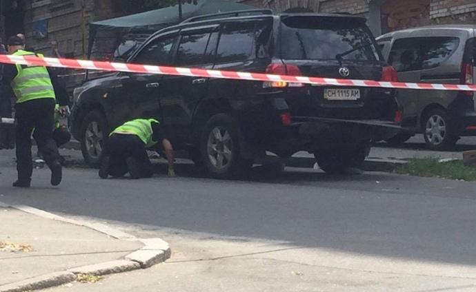 Взрыв авто в Киеве: новые подробности и видео инцидента