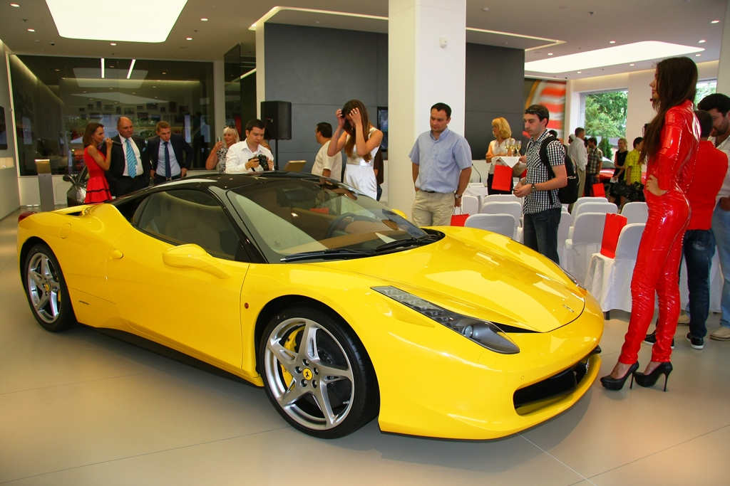 ВУкраинском государстве увеличились продажи новых авто