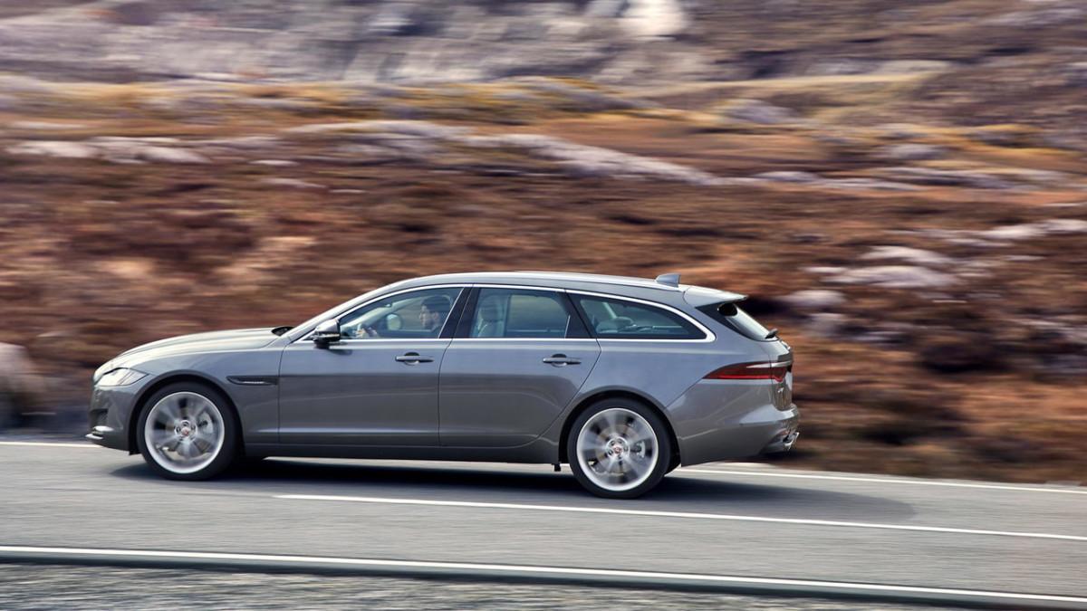 Универсал Jaguar XF Sportbrake стал изящнее и просторнее