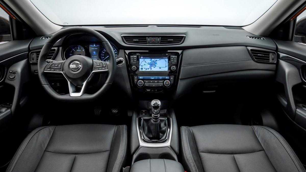 Обновленный Nissan X-Trail интерьер