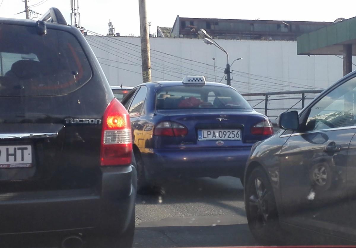 В Украине авто на еврономерах начали массово сдавать на запчасти