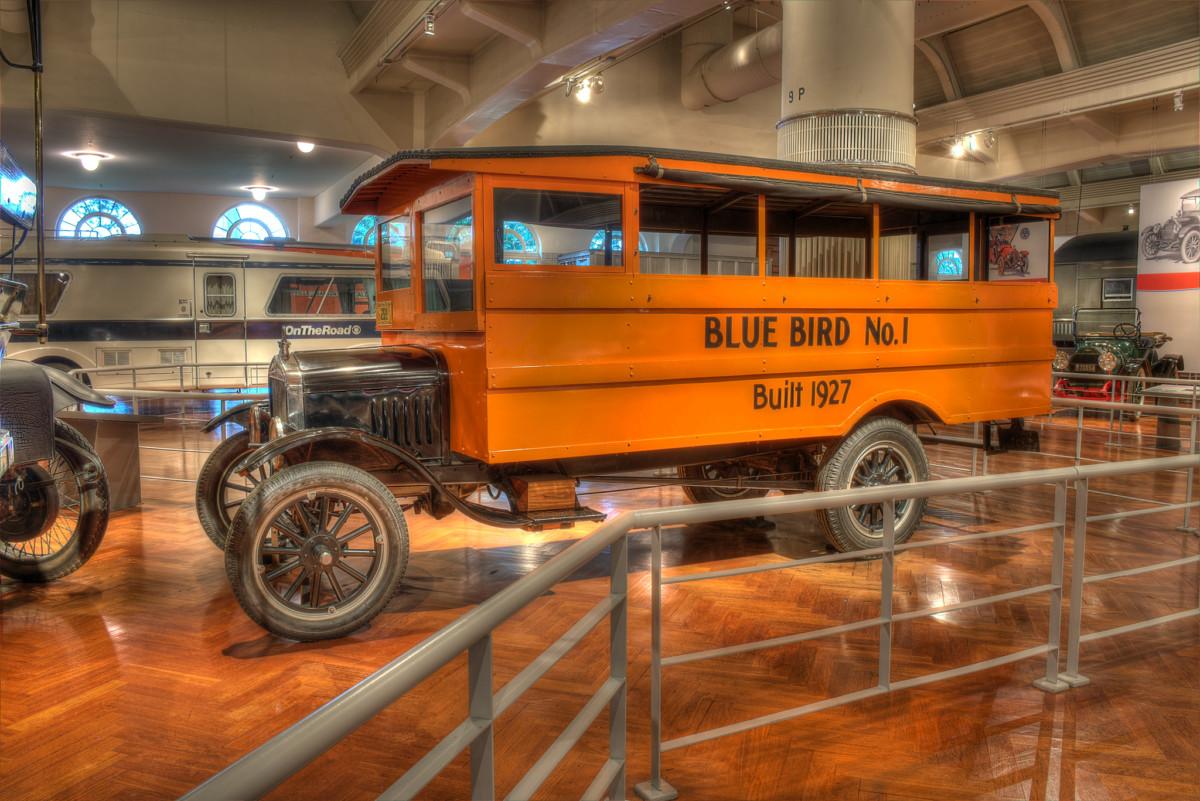 На шасси TT компания Blue Bird изготовила школьный автобус (1927 г.)