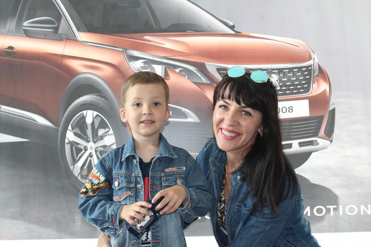 Тест-драйв новинок от Peugeot «ВиДи Авангард» и Peugeot «ВиДи Авеню»