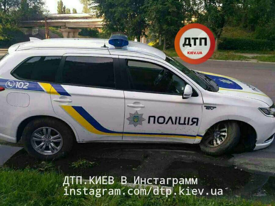 В Украине разбит первый полицейский кроссовер Mitsubishi Outlander