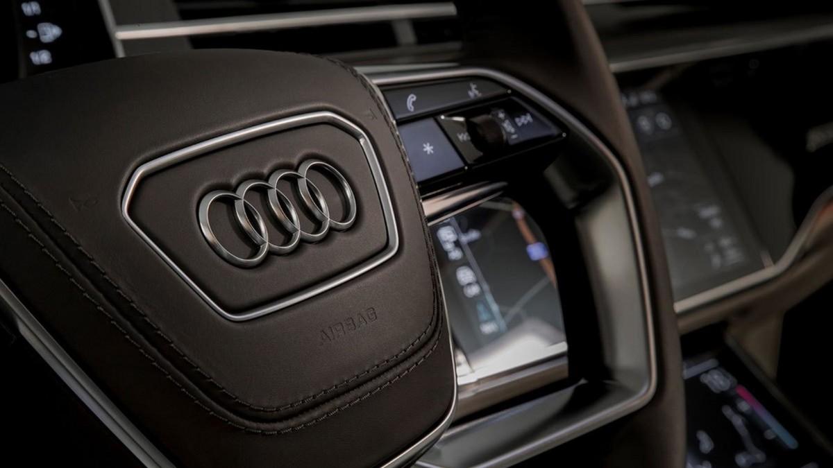 Новая Audi A8