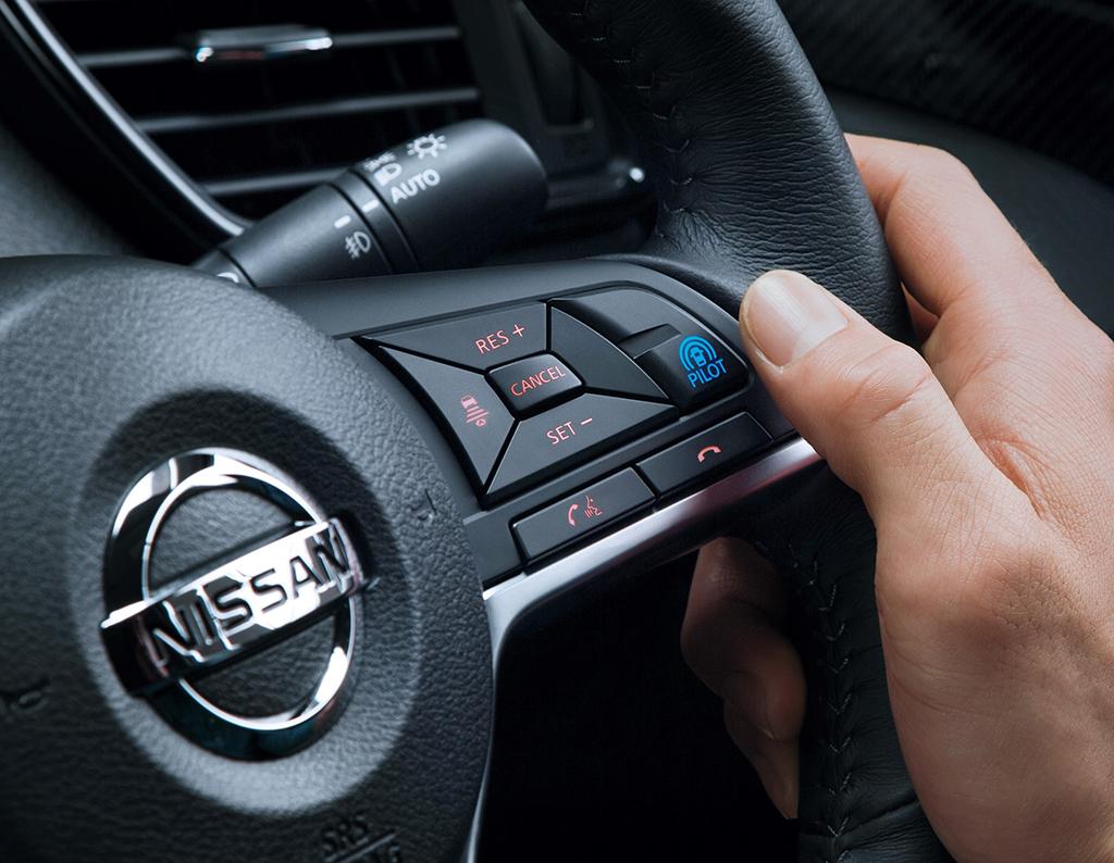Nissan представил Nissan X-Trail с системой автономного управления ProPilot