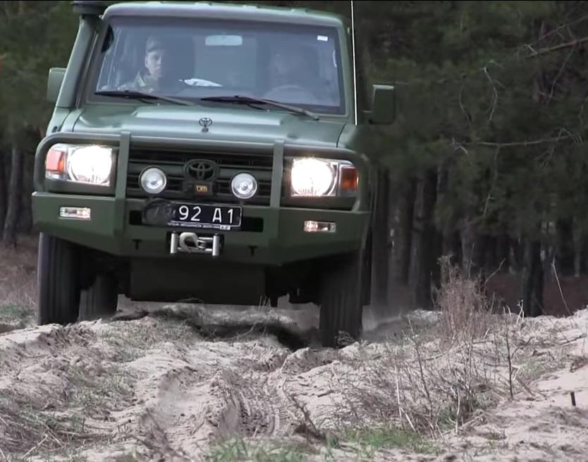 Украинский спецназ пересел на новейшие внедорожники