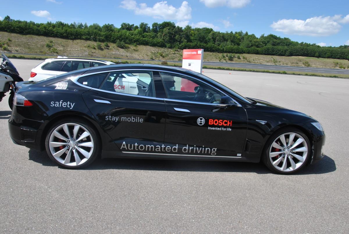 Как работает автопилот на авто: испытание «Автоцентра»