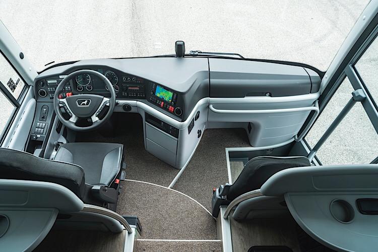 В кабине водителя - обновленная приборная панель