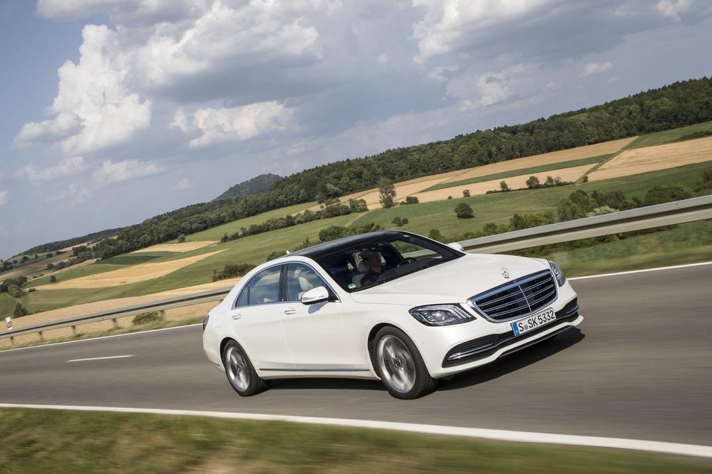 Benz готовится представить собственный самый новый пикап