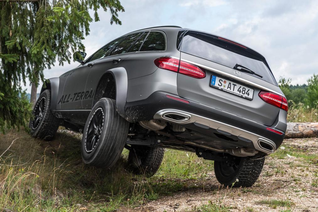 Mercedes E-Class All-Terrain 4X4²: идеальный универсал для наших дорог