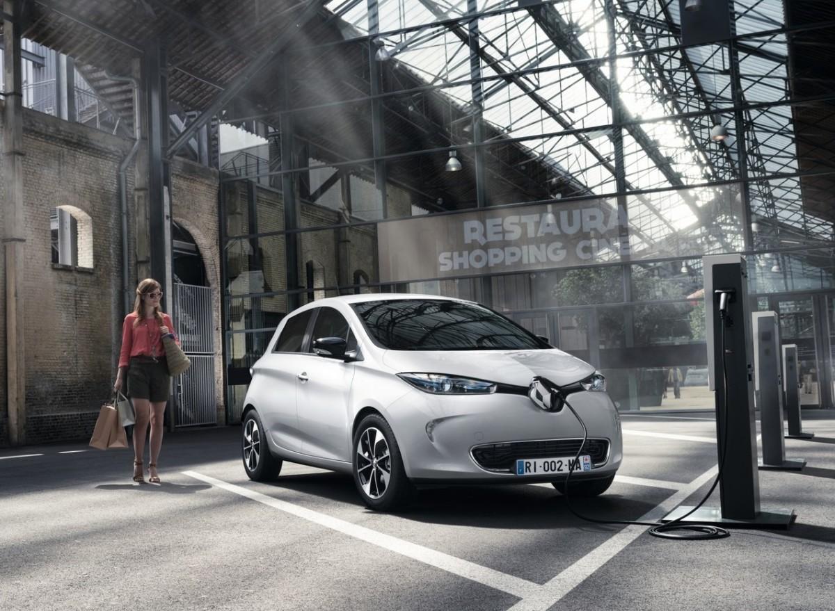 Франция объявила о запрете бензиновых и дизельных автомобилей