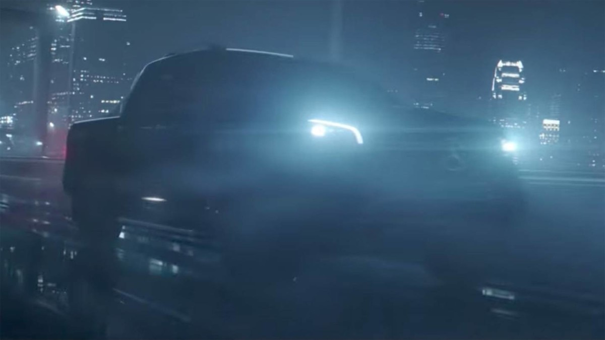Тизеры и видео серийного пикапа Mercedes-Benz X-Class
