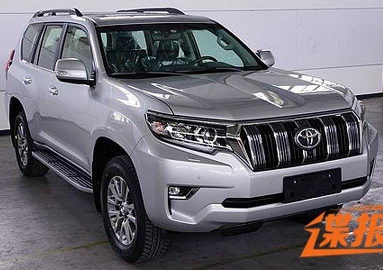 Toyota Land Cruiser Prado 2018: первые живые фото