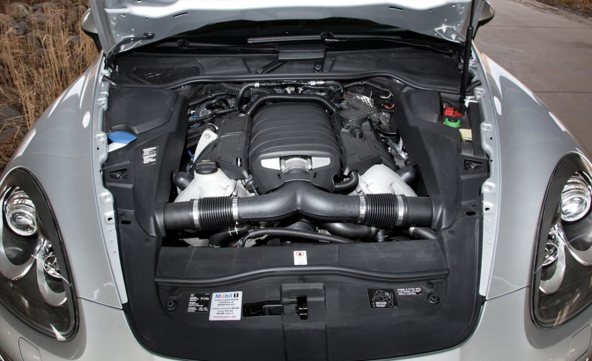 porsche-cayenne-engine