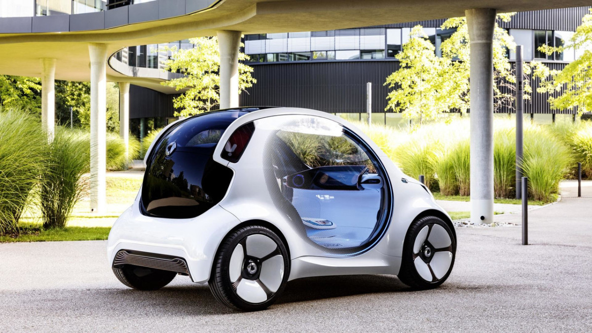 Smart представил авто без руля и педалей