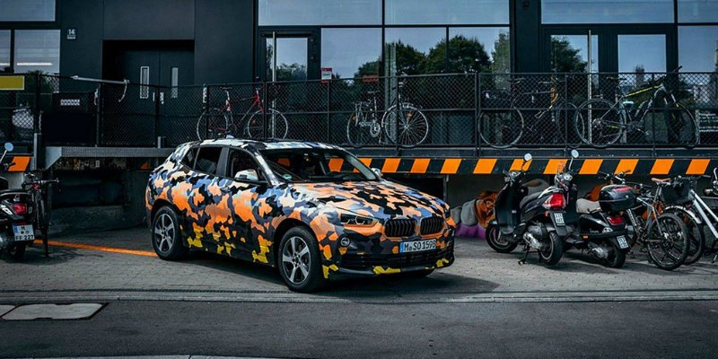 BMW X2 2018: первые фото компактного купе-кроссовера БМВ