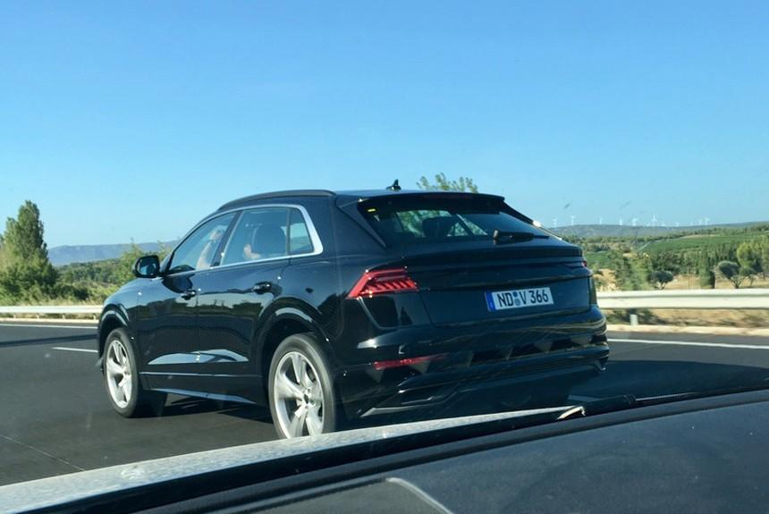 Рассекречена внешность премиального кроссовера Audi Q8