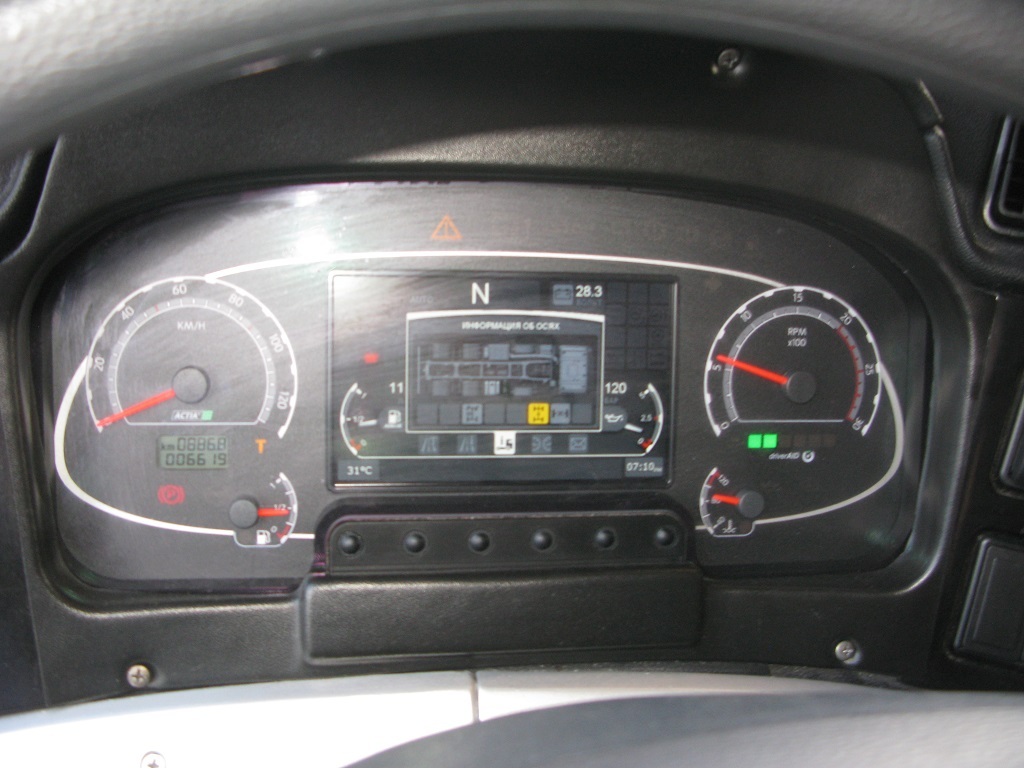 МАЗ-6516М9 (8х4)