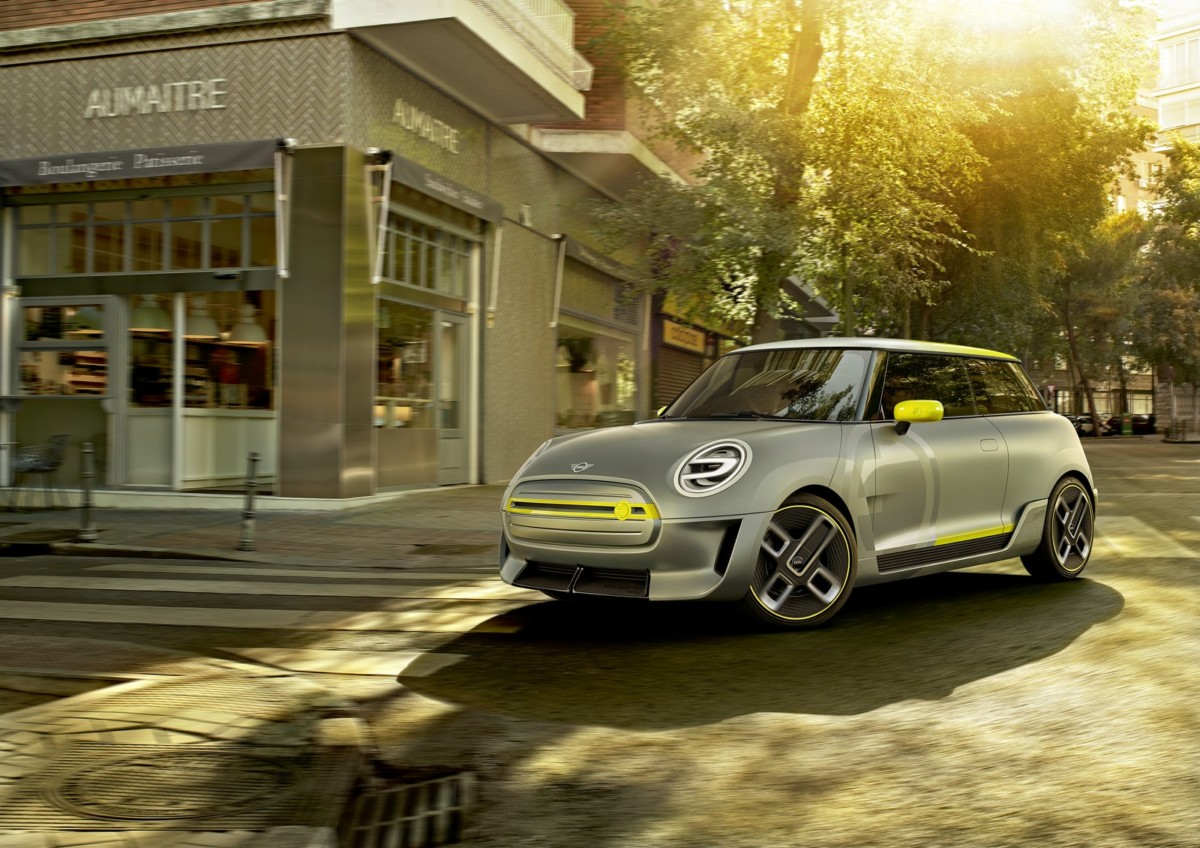 Во Франкфурте представят новый электромобиль Mini