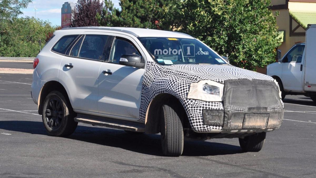 Новый рамный внедорожник Ford Bronco замечен на тестах