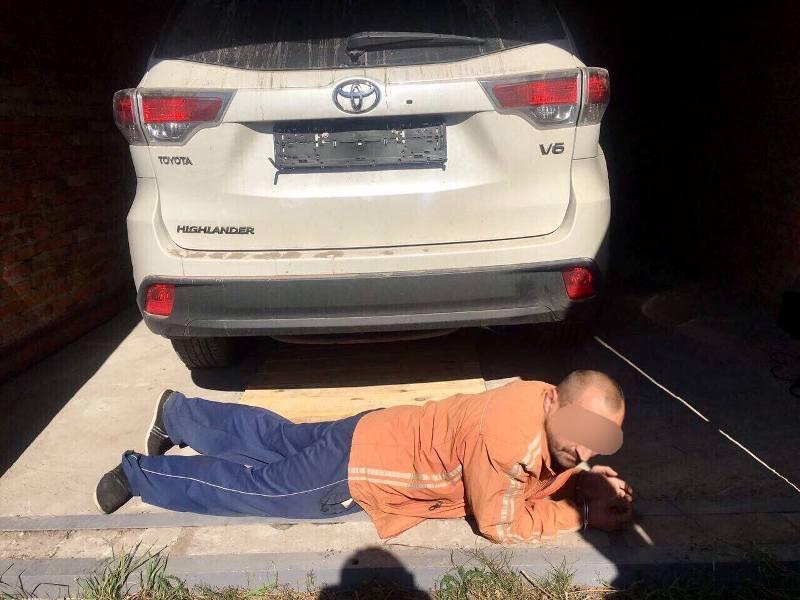 Бывшие «Кобровцы» угоняли дорогие Toyota