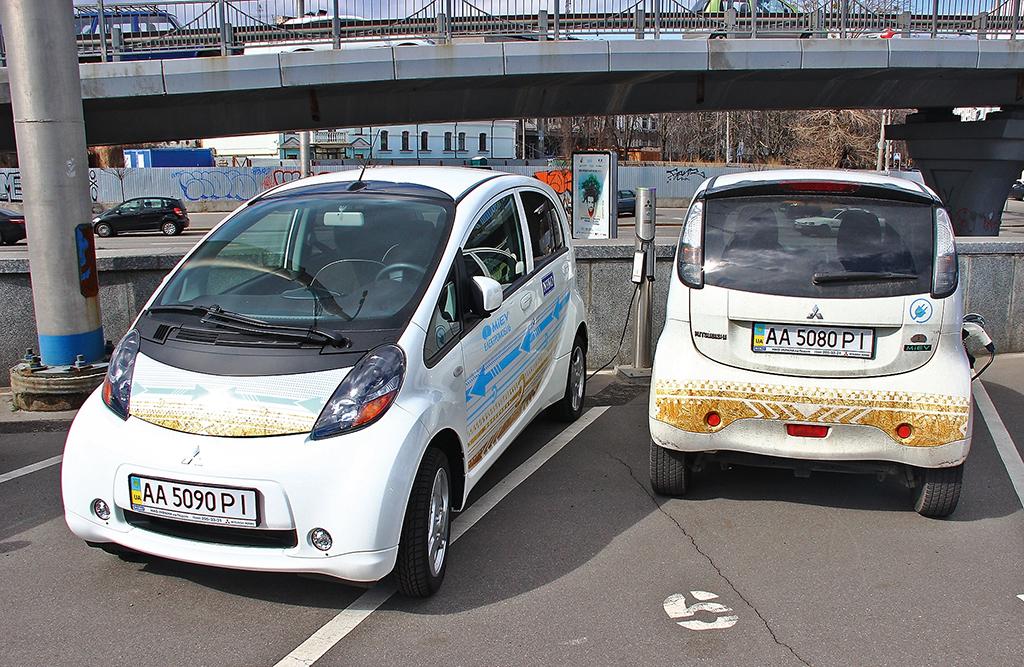 Электромобили в Украине подешевеют на 40%