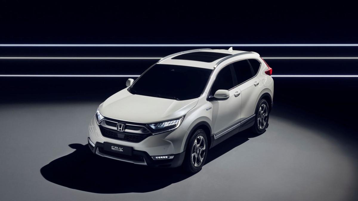 Кроссовер Honda CR-V впервые станет гибридом