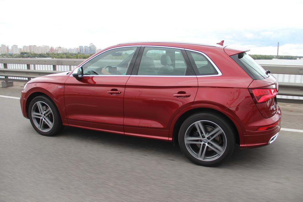 Внешность Audi SQ5 2017