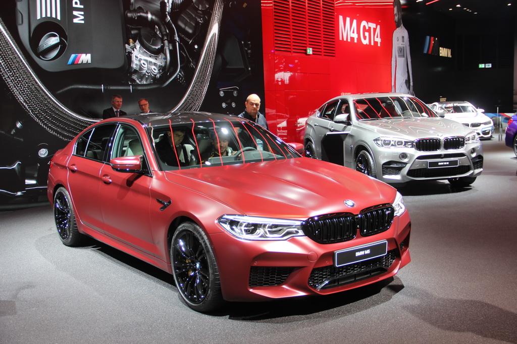 BMW M5 2018: живые фото с Франкфуртского автосалона