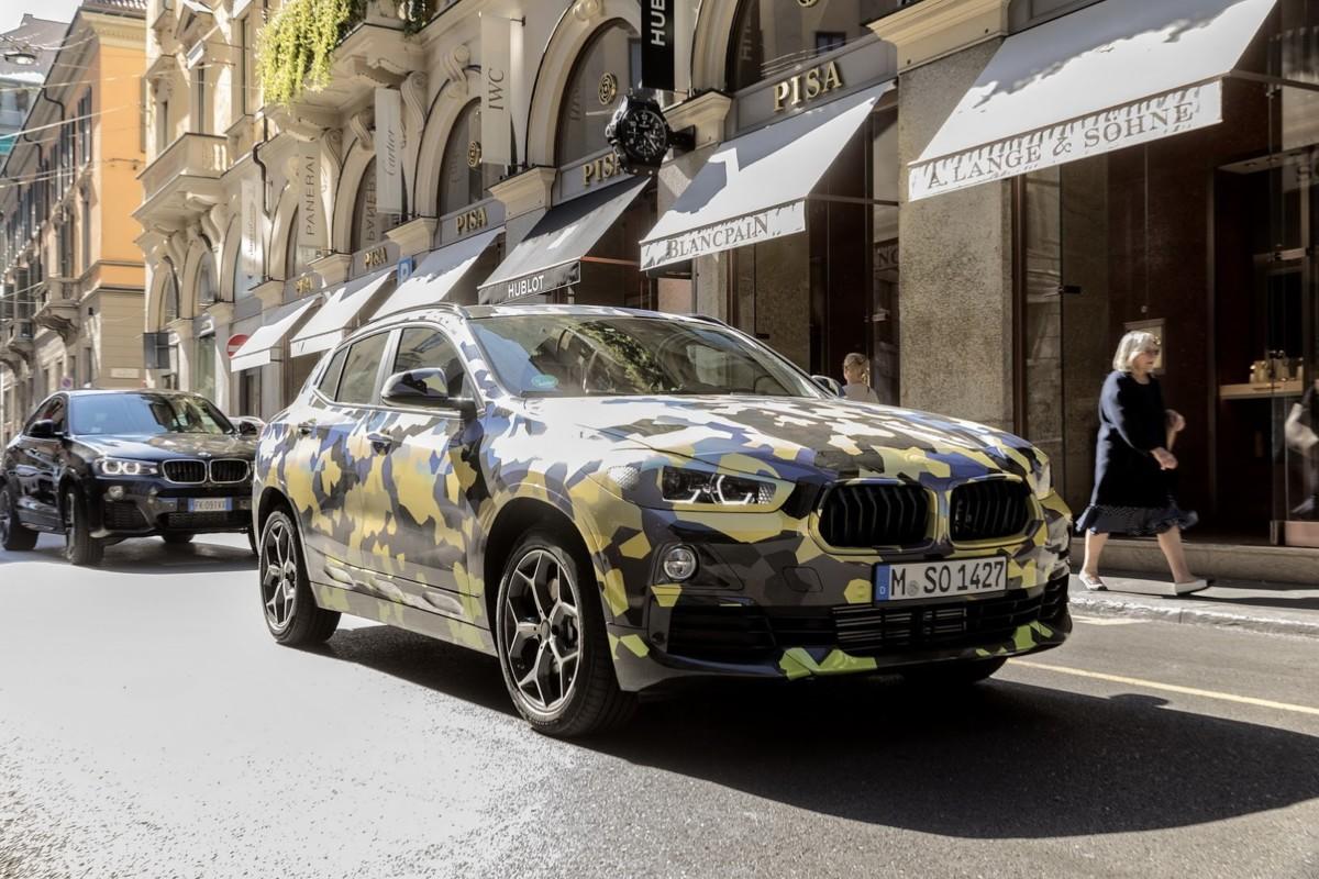 BMW X2 2018: официальные фото компактного кроссовера БМВ
