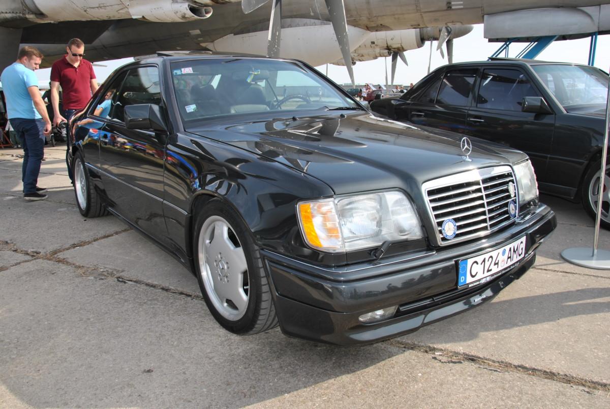 Какие редкие и необычные авто на еврономерах завозят в Украину