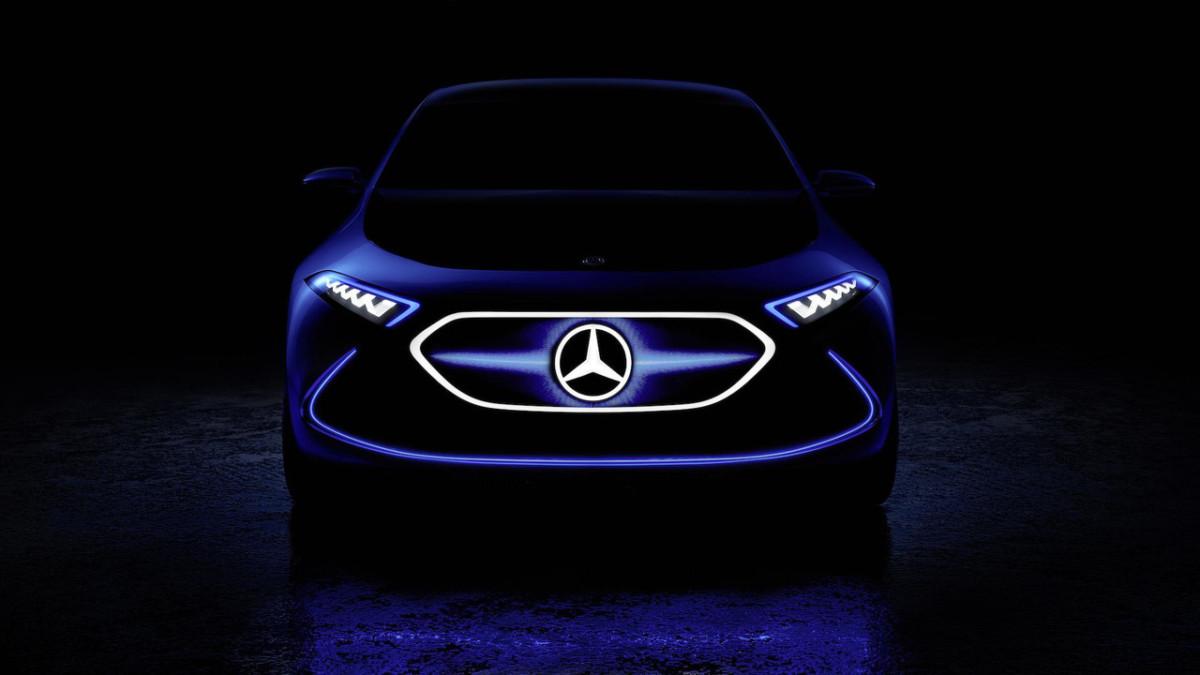 Daimler представил тизер электрокара Мерседес-Бенс EQAConcept