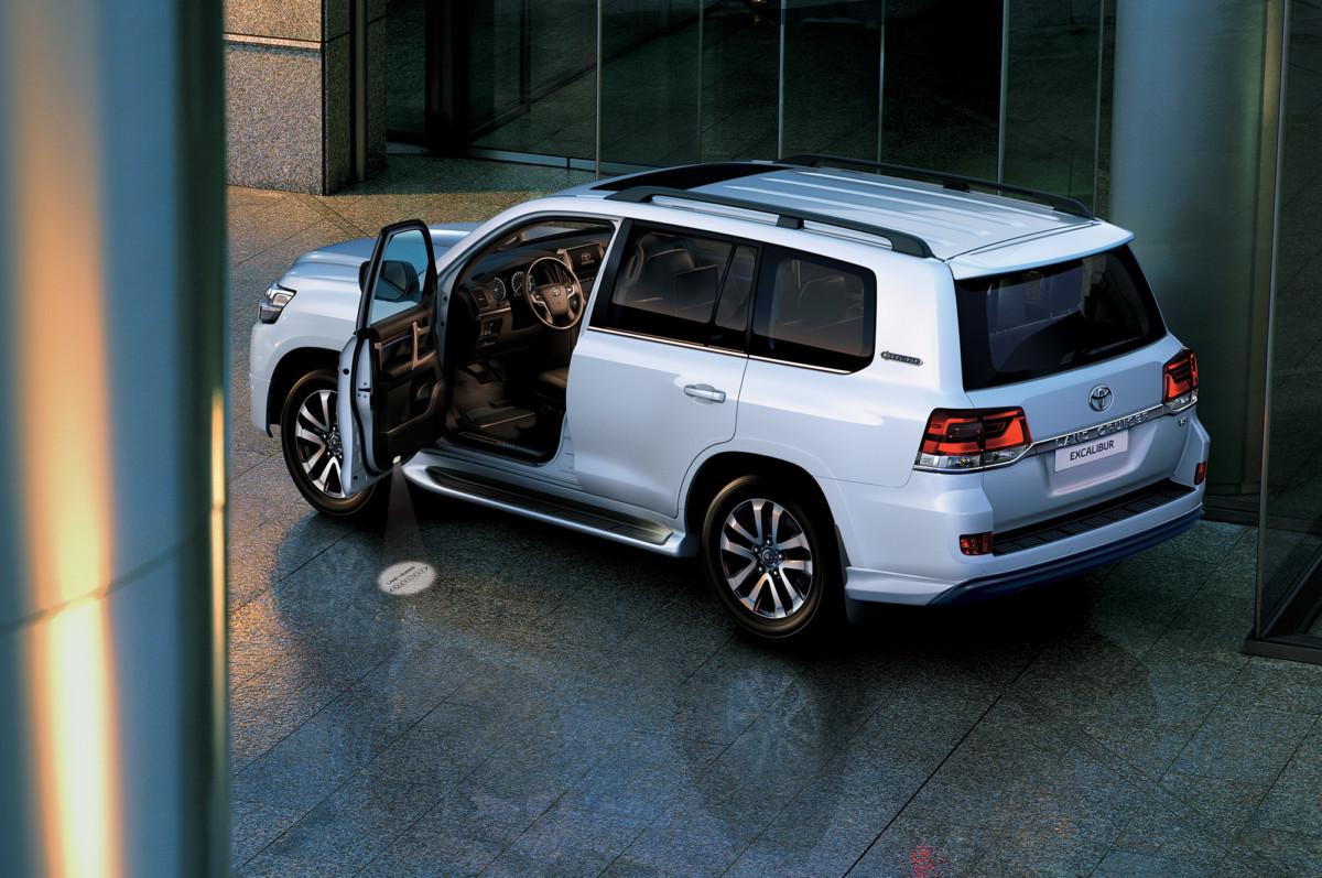 Стартовали русские продажи улучшенного Тойота Land Cruiser Prado 2018