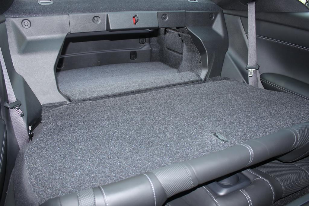 Багажник Infiniti Q60