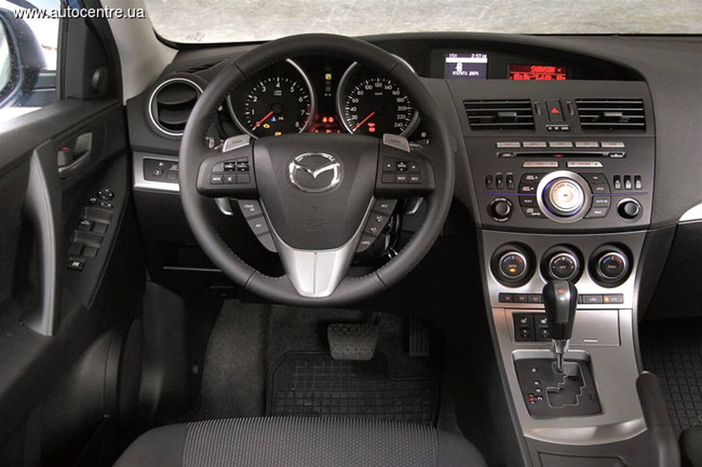 Mazda3 3 - Что лучше mazda atenza или lancer 10